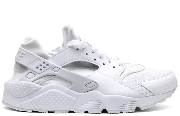nike air huarache all white