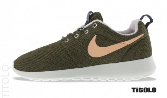 d607f104b93e Nike Roshe Run