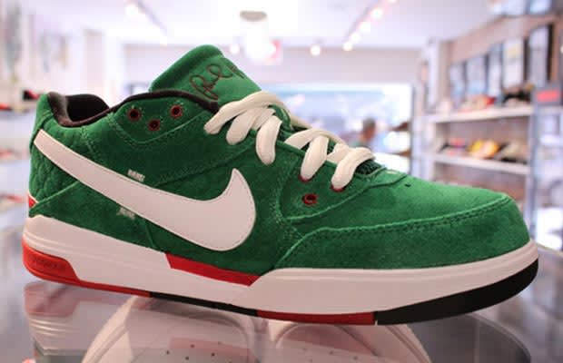 purchase cheap abdb3 74f2f Nike SB Zoom Air P-Rod III