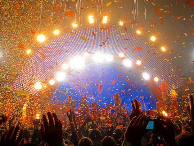 nye-2014-celebrate-li