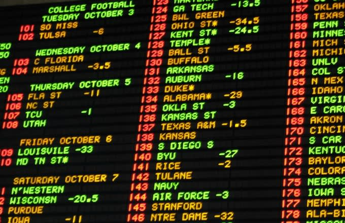 How does line work in betting hollywood sport betting