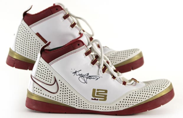 8fc08e3d5902 A History of the Sneakers Worn During LeBron James  Best Playoff ...