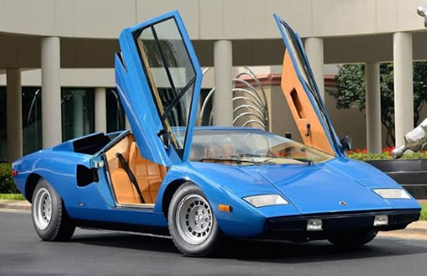 record price everything you should know about the lamborghini countach complex. Black Bedroom Furniture Sets. Home Design Ideas