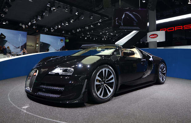 bugatti veyron grand sport vitesse jean bugatti legend edition 30 awesome car debuts from the. Black Bedroom Furniture Sets. Home Design Ideas