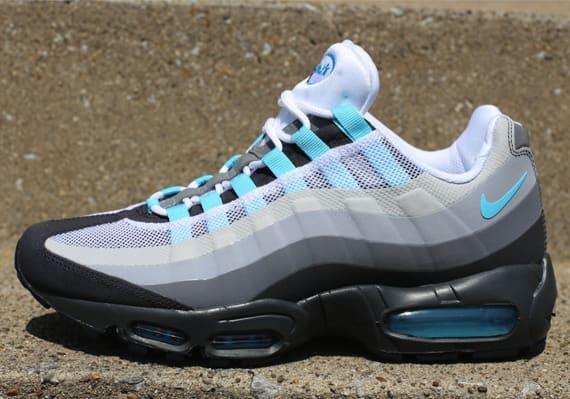 online store 00d3a c8db4 A new No-Sew look has emerged from the Nike Sportswear camp, as above we  take a look at the Anthracite Tide Pool Blue–Cool Grey drop of the Air Max  95.