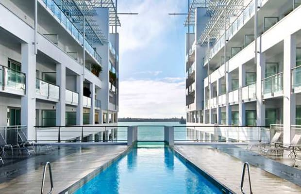 Hilton auckland the scariest hotel swimming pools in the for Pool design auckland