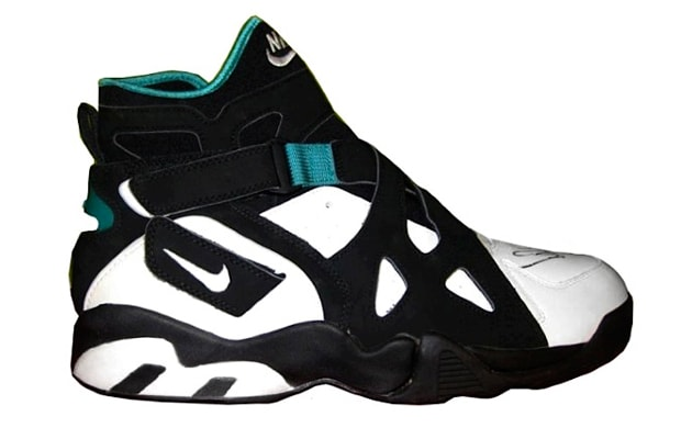 detailed look bcab8 7958d Nike Air Unlimited