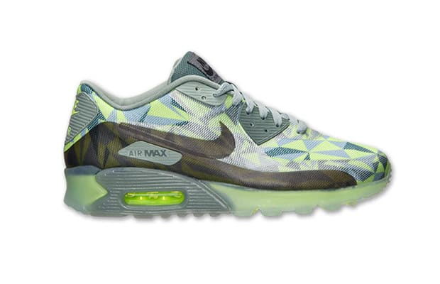 cheaper b1c27 fdd60 Kicks of the Day  Nike Air Max 90 Ice