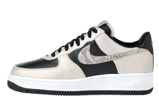 JD Sports Happy Saturday! Nike Air Force 1 med