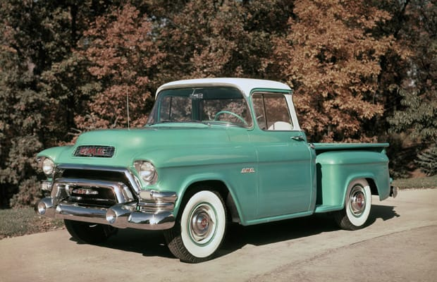 Hooded Headlights And Panoramic Gl Highlighted Gmc Truck Design In The 1950s Pickups Drew Influence From Car Market Once Again