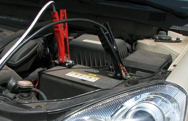 How To Jump Start Your Battery Without Killing Yourself or ...