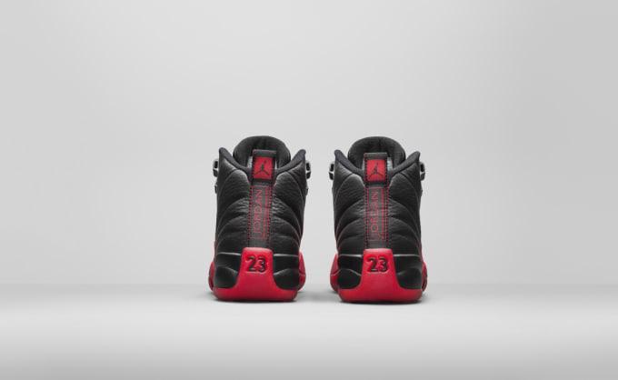 7029a46690b827 Air Jordan 12