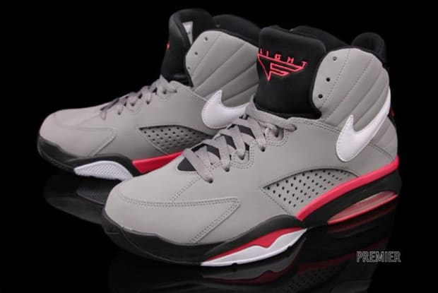 Nike Air Maestro Flight