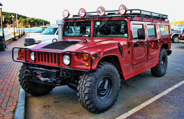 Hummer H1 10 Cars With Terrible Gas Mileage That We Want Anyway