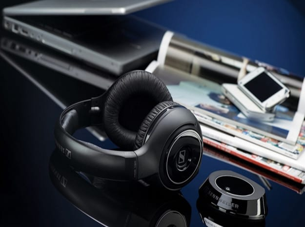 laptop-headphones-li