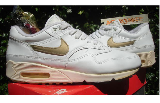 brand new 02c30 3b206 In 1992, when Nike made improvements to the durability of the Air Max 87,  they added key technology elements from the Air Max 90.