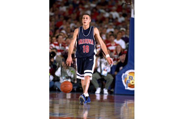 372451fdf5b999 Mike Bibby beats Penny. Year  1997. Sneaker  Nike Air Foamposite One