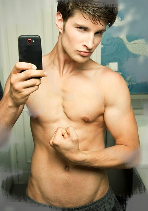A New Study Suggests Guys Who Post Lots Of Selfies Might
