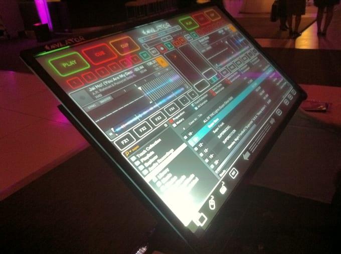 dj-touchscreen