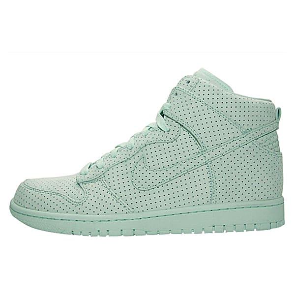 DQM x Nike Sportswear Dunk High Perf ef3730ef20