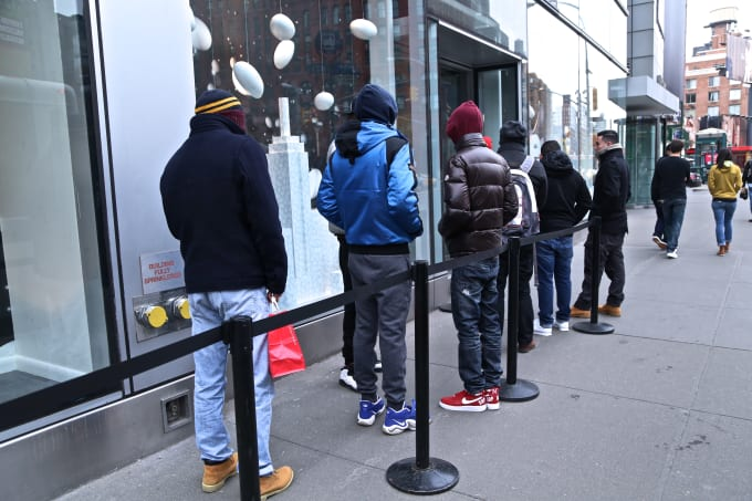 46c4e58a670 Street Style at the Kanye West x Adidas Yeezy Boost Drop