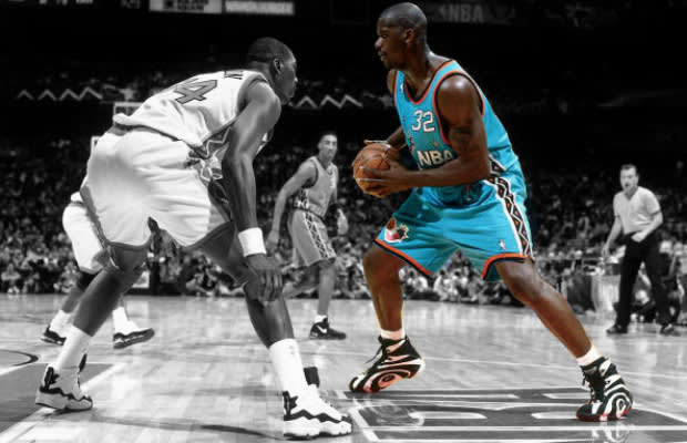 1b5fdbf57e4 Gallery  20 Iconic Images of Shaq in the Reebok Shaqnosis
