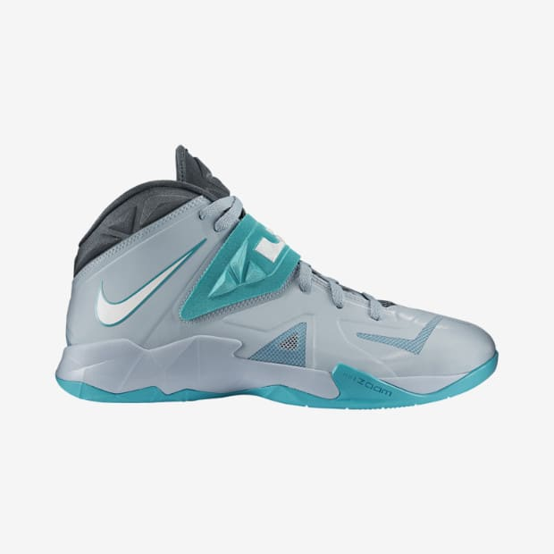 9a05abc4211 Kicks of the Day  Nike Zoom Soldier VII