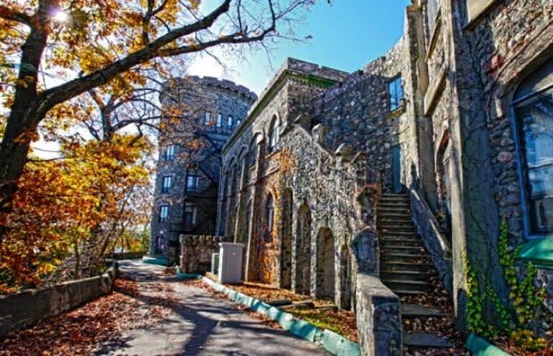 Brandeis University Part 36