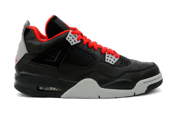 8201fa2b430 The 100 Best Sneakers of the Complex Decade