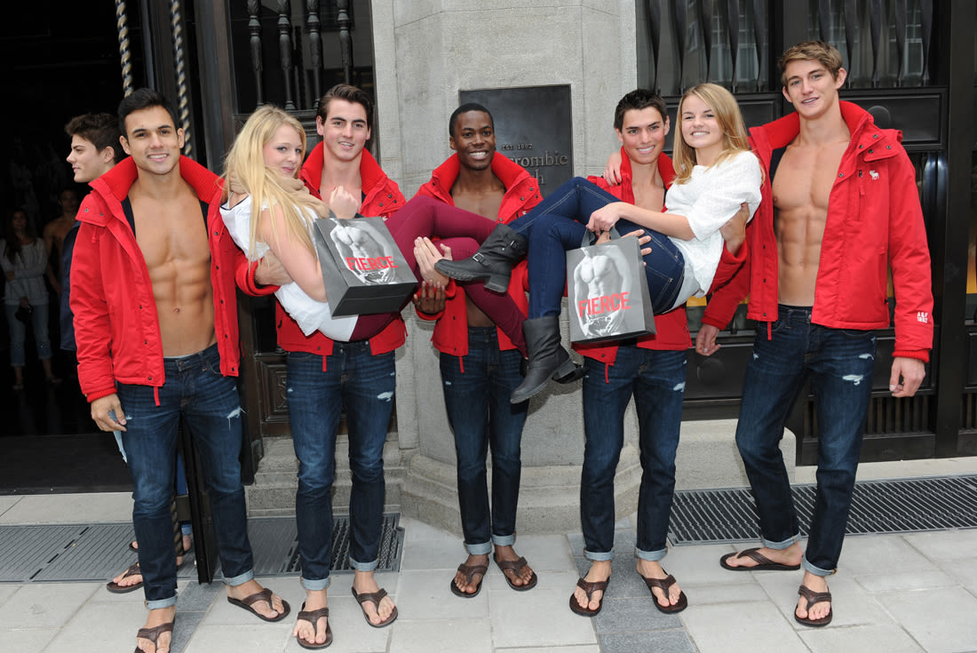 dating abercrombie model How abercrombie ended up being sued by treating hiring like model castings also to purchase its clothing dating back to 2009 at that time abercrombie.