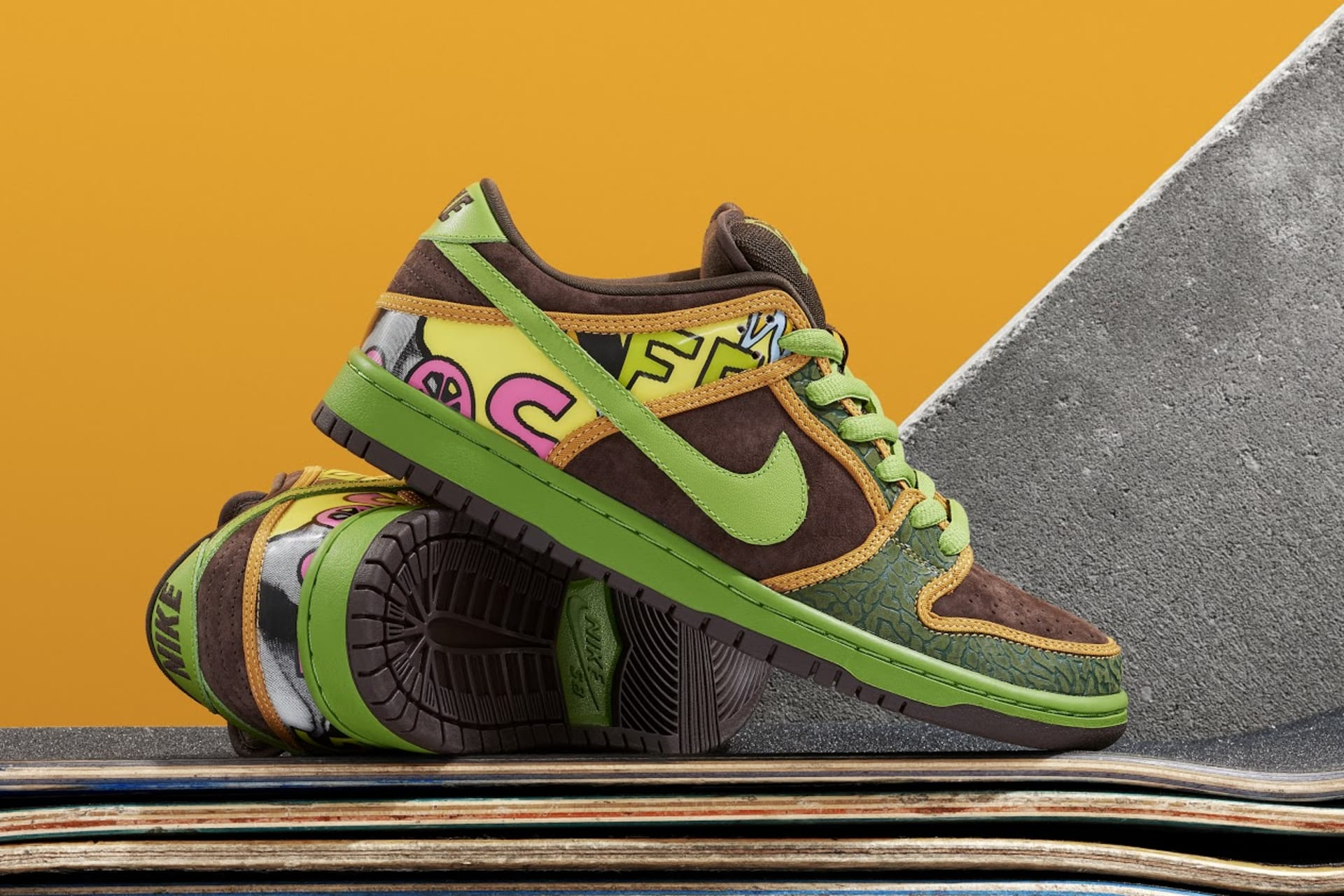 "hot sale online 15a73 6f015 Both pairs of the ""De La Soul"" Dunk SBs are being retroed, but like the  ""Diamond,"" they re not releasing in their original forms."