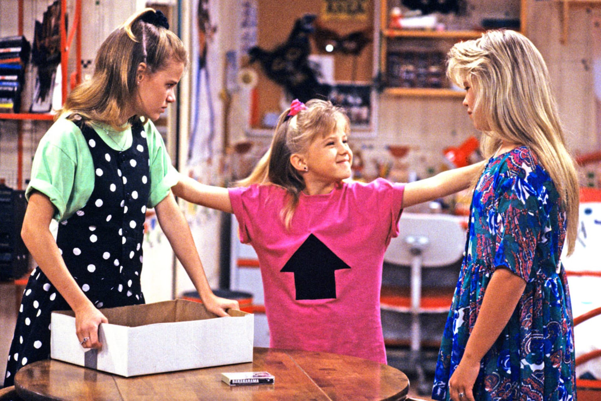 jodie sweetin returns to full house complex