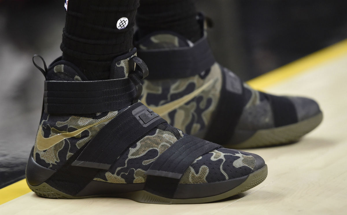 sports shoes b6bf2 8f259 SoleWatch LeBron James Two Soldiers First Loss | Sole Collector