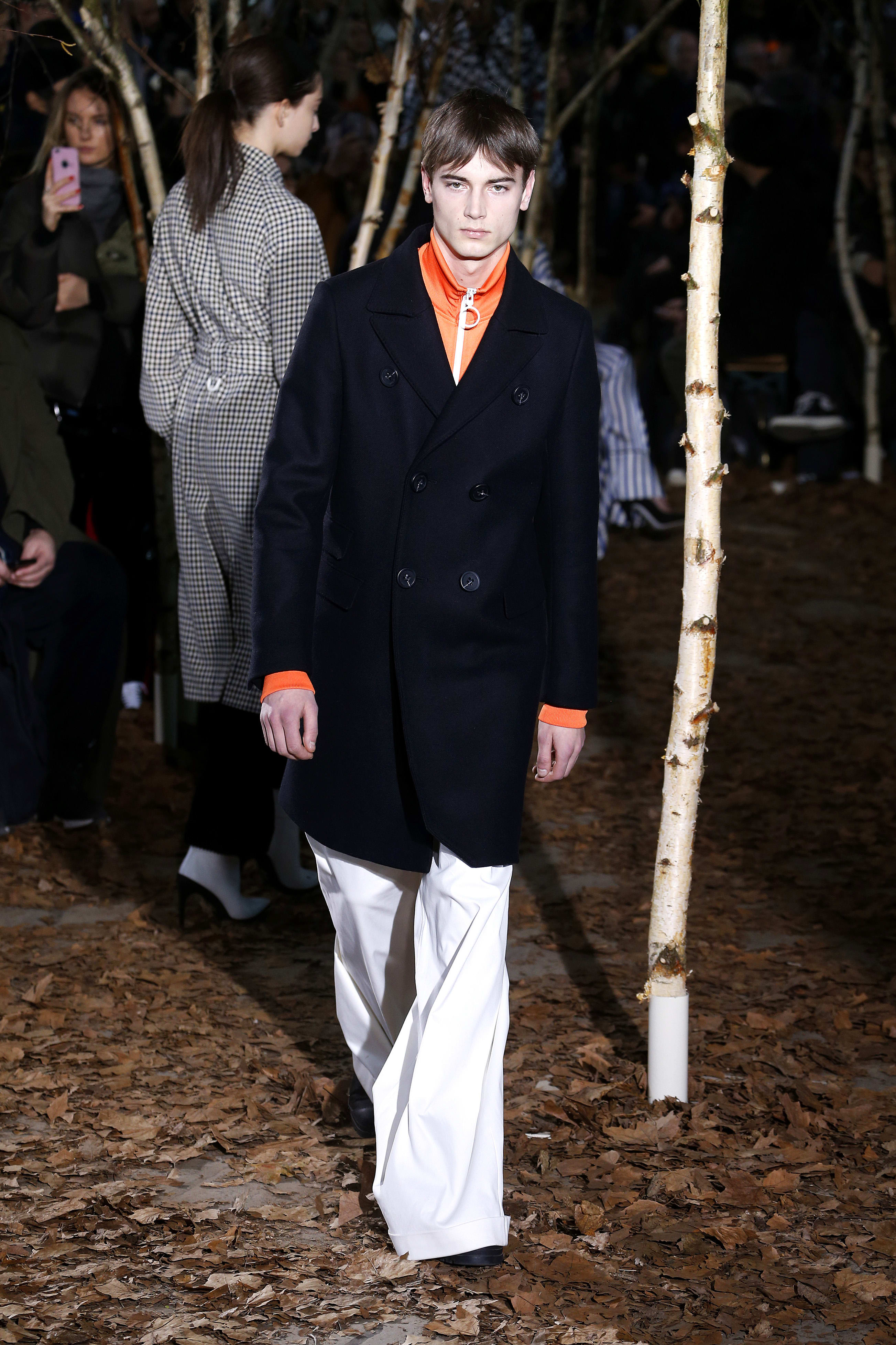 Off-White Fall/Winter 2017 runway show
