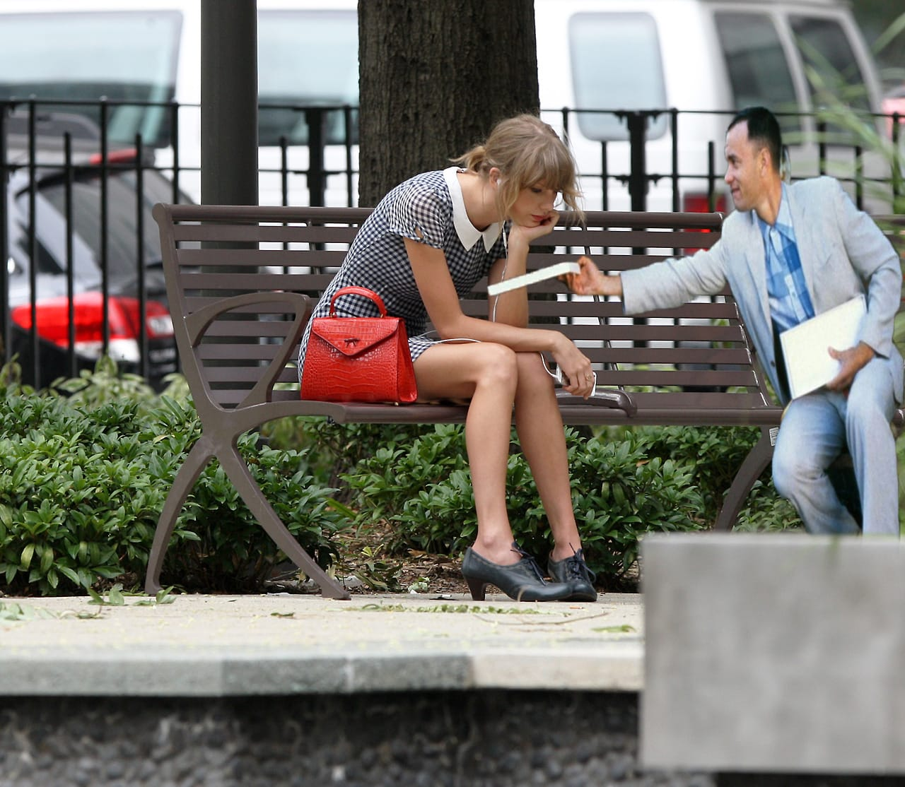 Sad Taylor and Mr. Gump