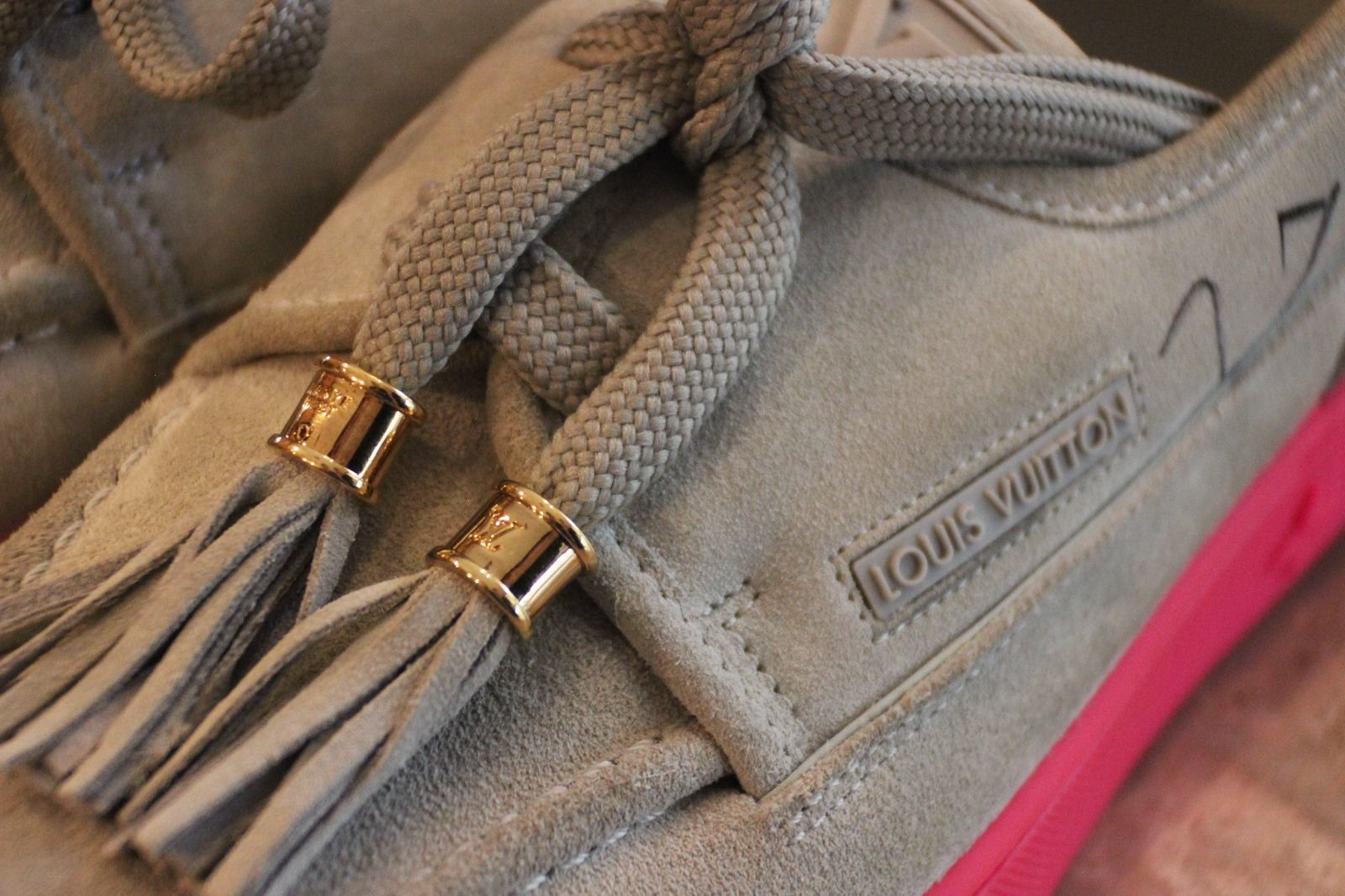 Kids Selling Kanye West Signed Louis Vuitton Hudson Sneakers Laces