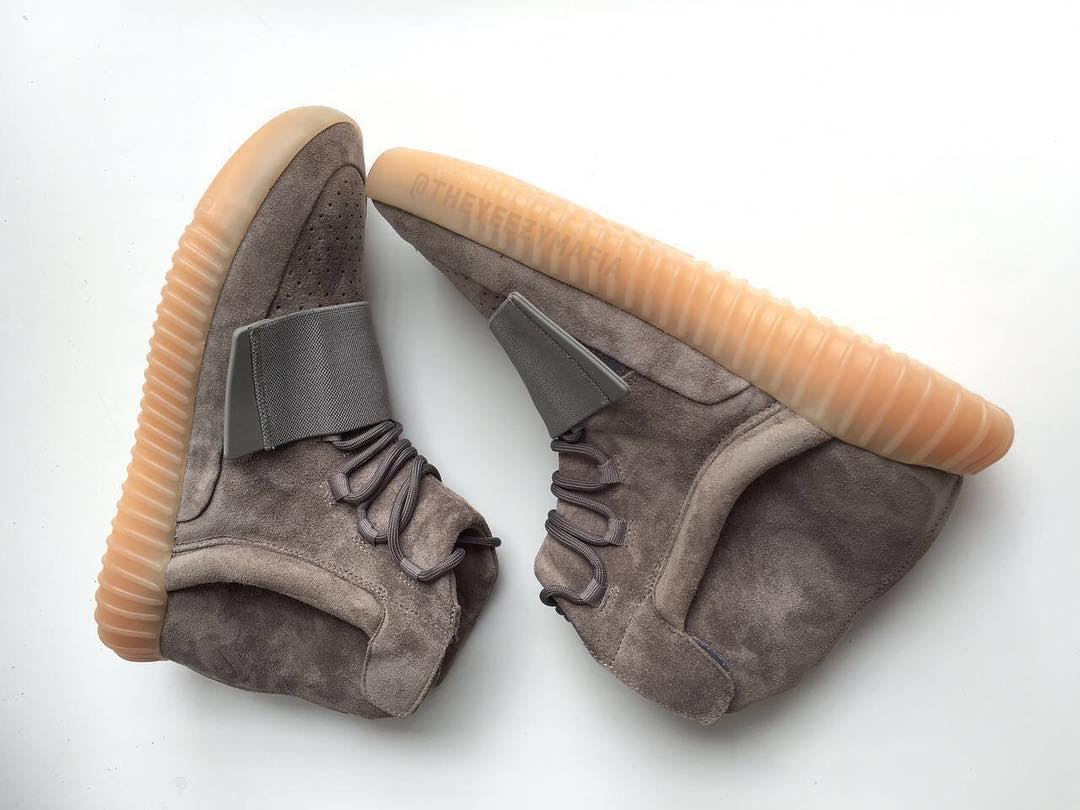 Adidas Yeezy 750 Boost Light Brown