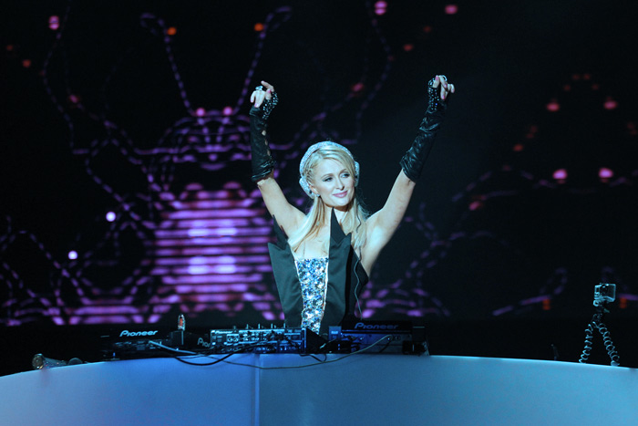 hilton dj arms Commercialization Aint a Bad Word: Why EDM Going Mainstream is OK