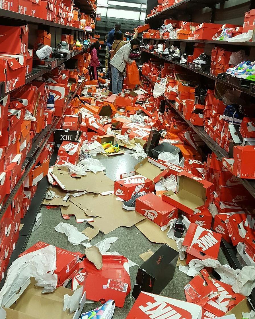Nike Seattle Outlet Trashed for Black