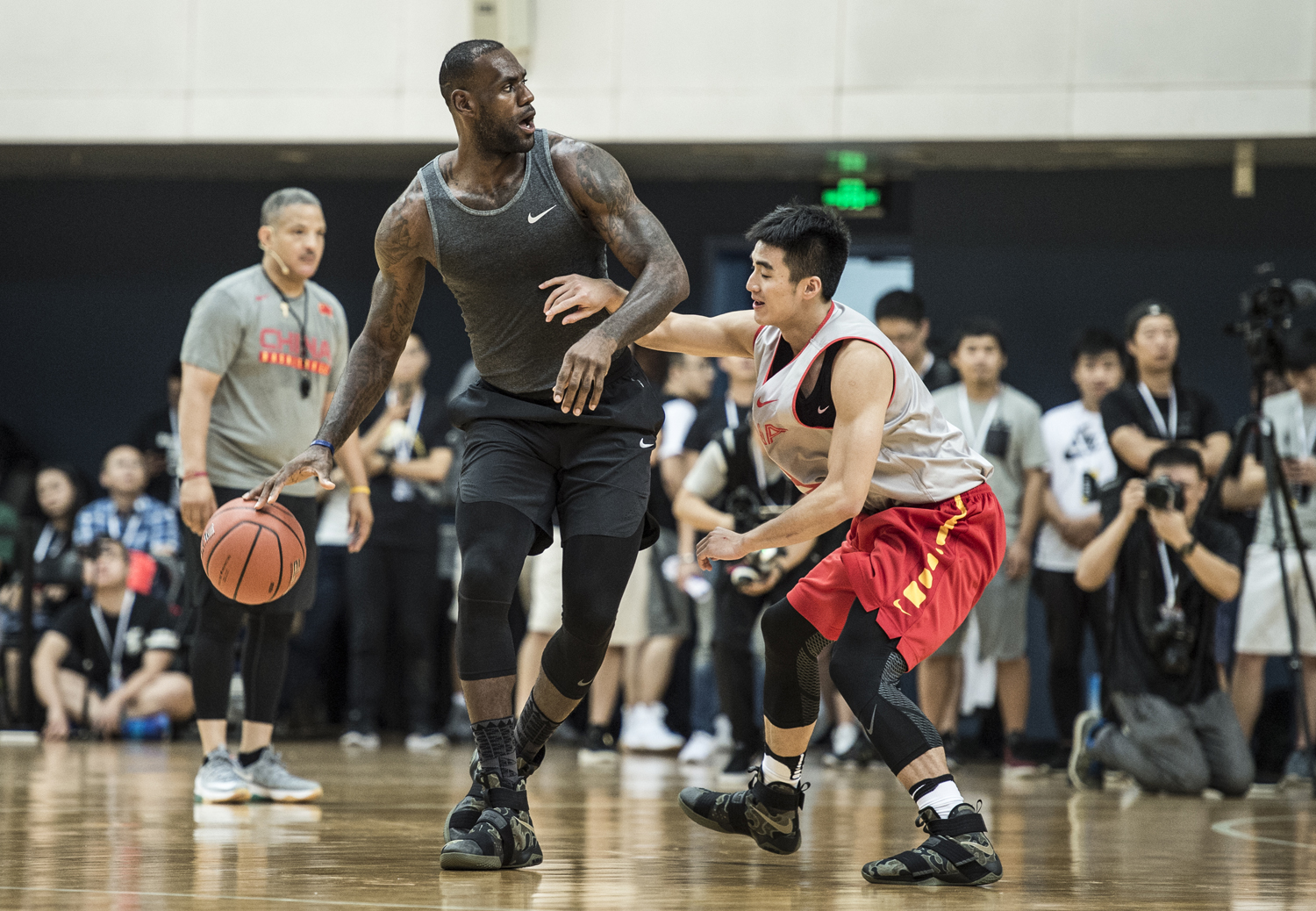 huge selection of db8a8 a86f9 LeBron James Wearing Nike LeBron Soldier 10 Camo | Sole ...