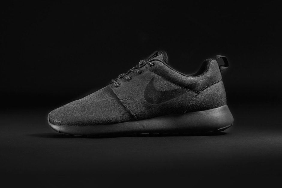 foot locker nike roshe run junior