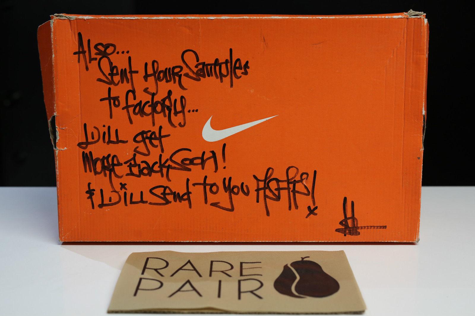 Nike Air Yeezy Kanye West Black/White Sample Pair Box