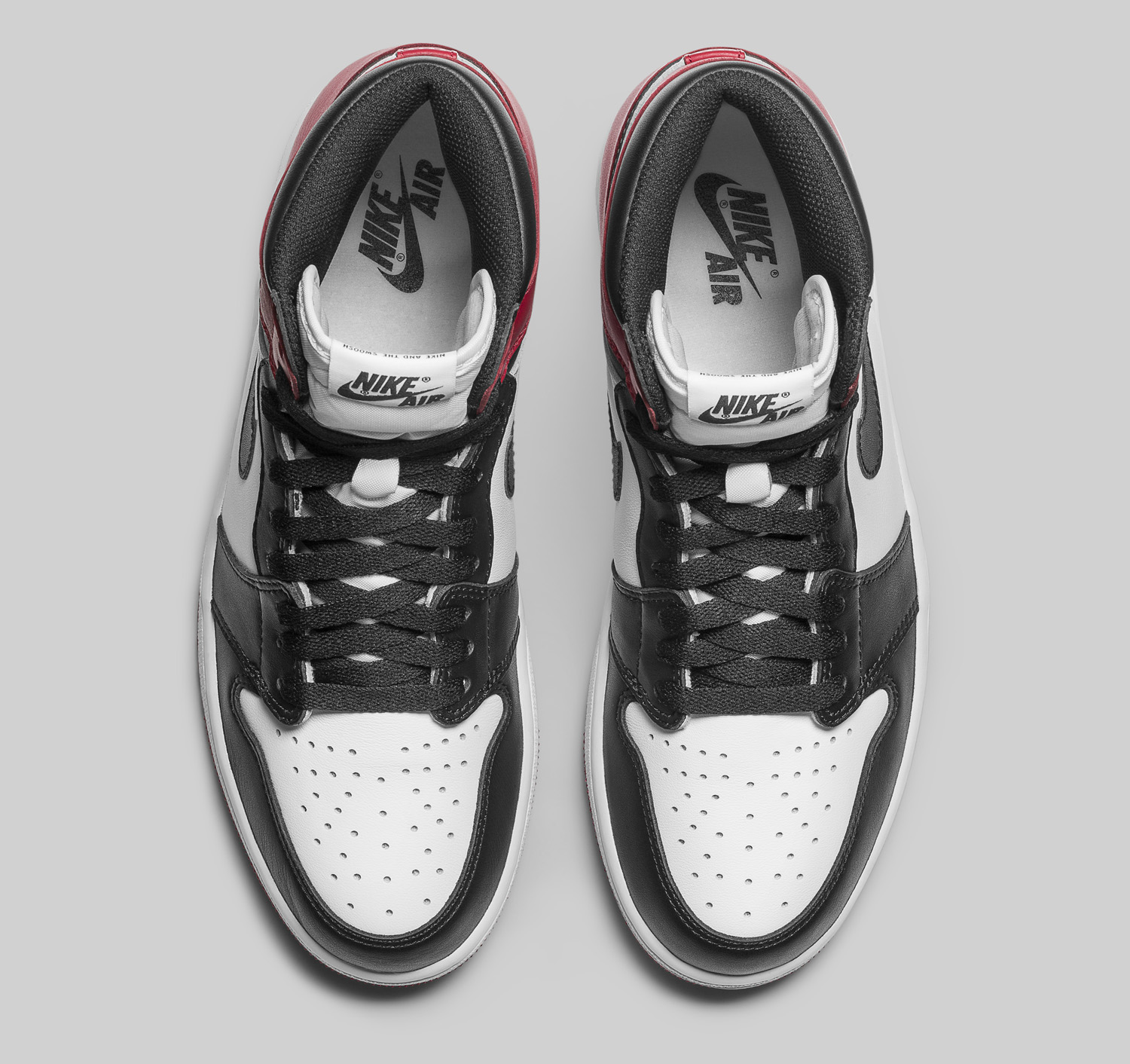 Air Jordan 1 Black Toe 555088-125 Top