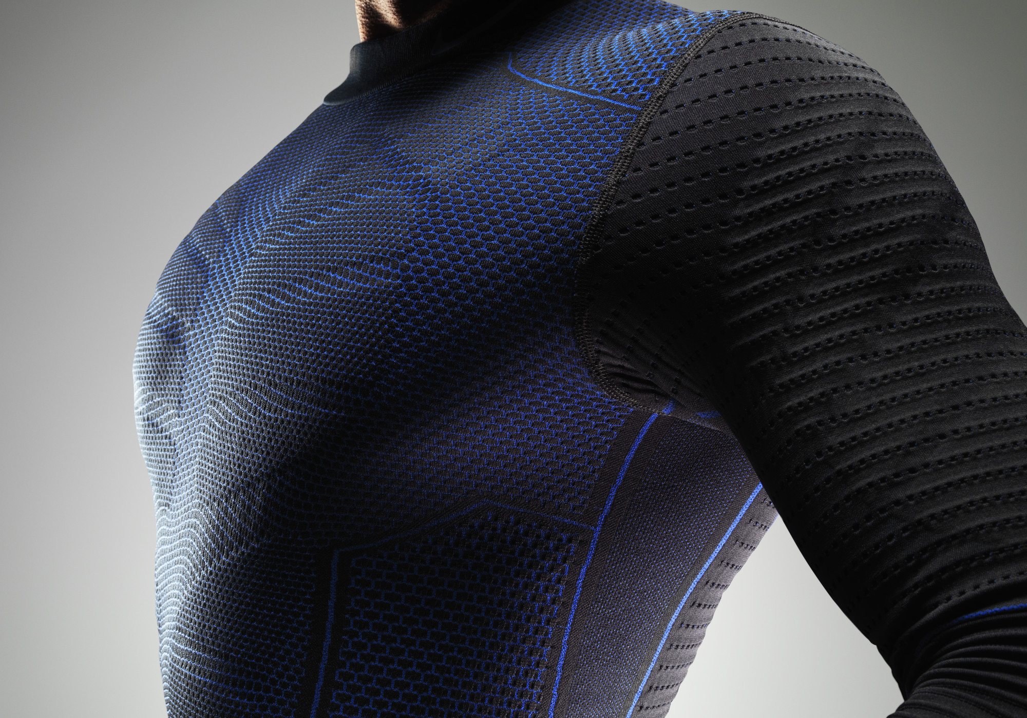 Nike's New Hyperwarm Flex Baselayer is the Answer to All ...