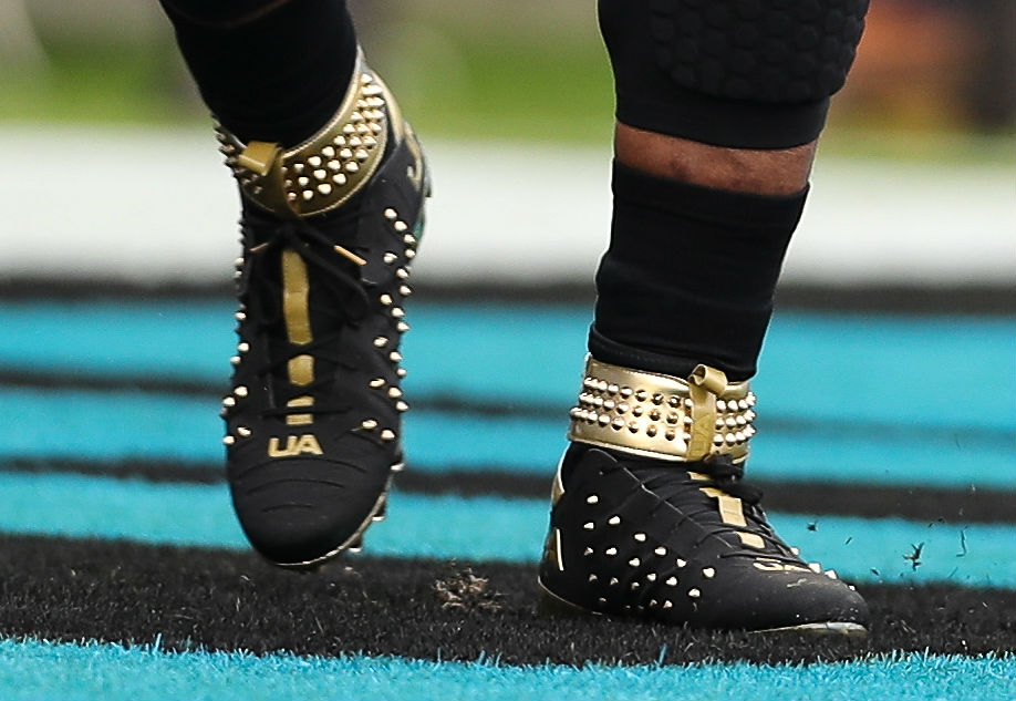 official photos 82bb9 16e6a Cam Newton Spiked Under Armour Cleats Left | Sole Collector