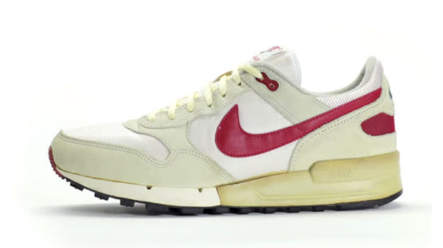 premium selection 7c855 9cb00 The Complete History of the Nike Air Pegasus  Complex