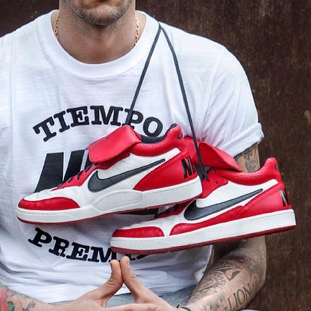 Nike Tiempo Mid