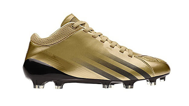How to Pick the Best Pair of Football Cleats for You | Complex