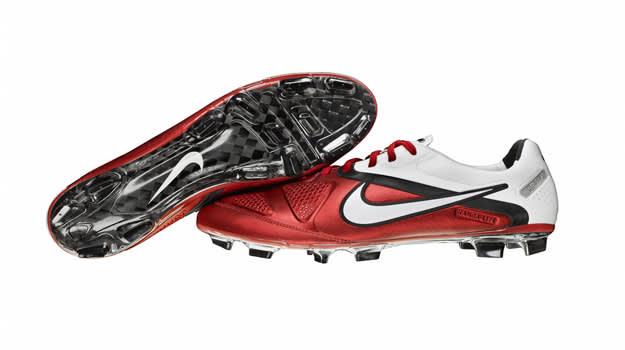 Nike-CTR360-Maestri-II-Elite