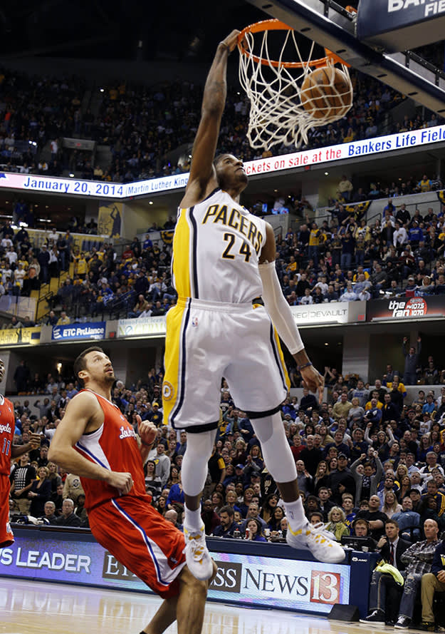 Paul george pulls off 360 windmill dunk in the nike zoom crusader paul george voltagebd Image collections